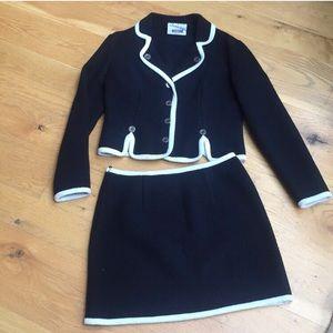 💯% Virgin Wool Moschino Skirt Suit in Excellent